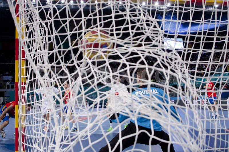 1357950665-handball-world-championship-2013-match-between-spain-and-algeria_1719426